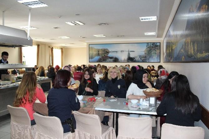 Dünya Kadınlar Günü Anısına Adli Personel Kahvaltıda Buluştu