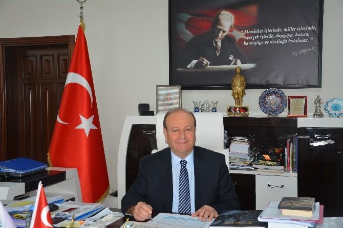 Başkan Özakcan'dan Dünya Kadınlar Günü Mesajı