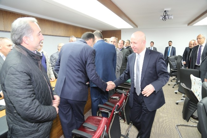 AK Parti Kocasinan'dan Çolakbayrakdar'a 'Hayırlı Olsun' Ziyareti