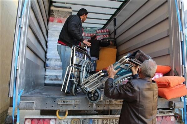 Tuzla Belediyesi'nin 42. Yardım Tırı Kırıkhan'da
