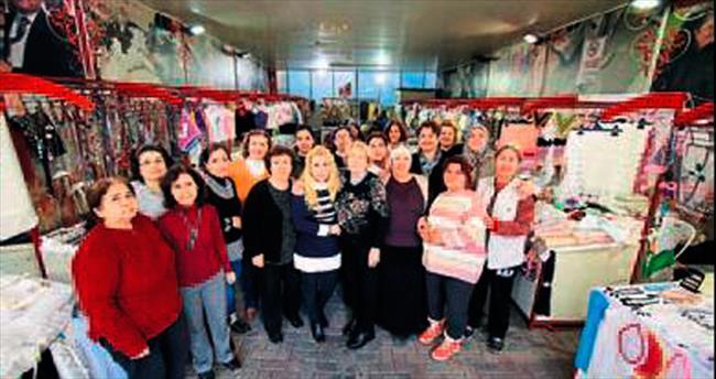 Bayraklı kadınları 6. festivale hazır