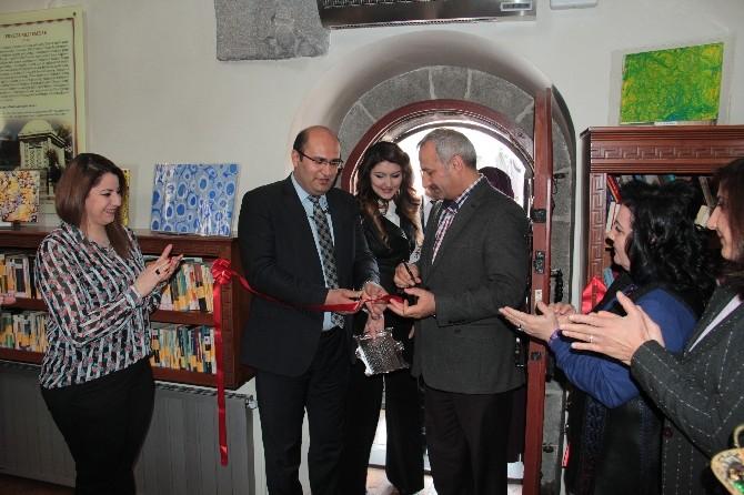 Özel Vakıf Okulları Öğrencilerinden Ebru Sergisi