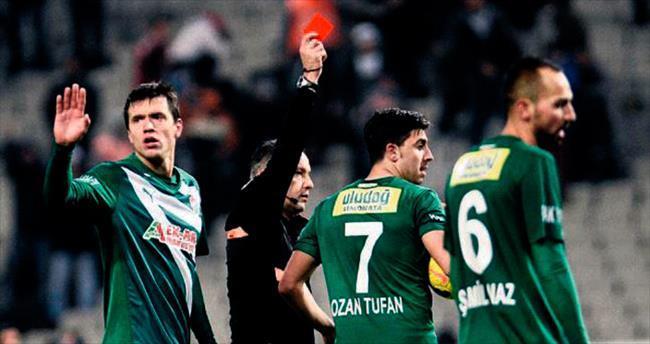 Bursaspor sürekli kızarıyor