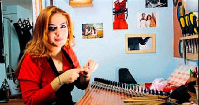 Türkiye'nin tek kadın kanun ustası