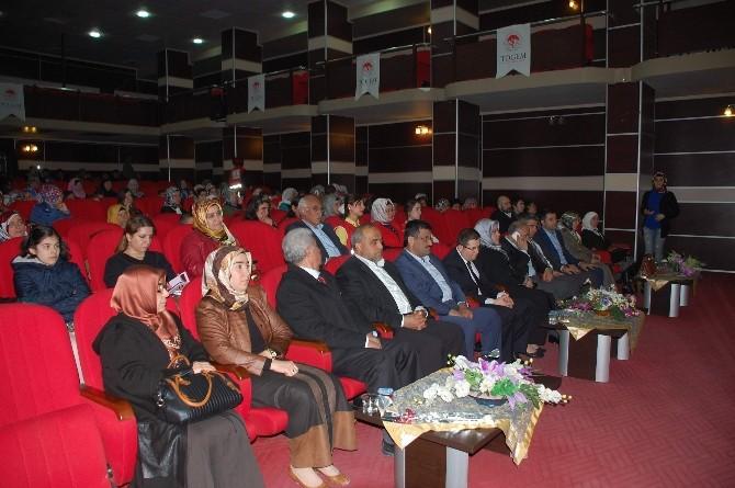 İslam'da Kadın Ve Kadının Önemi Konulu Konferans Verildi