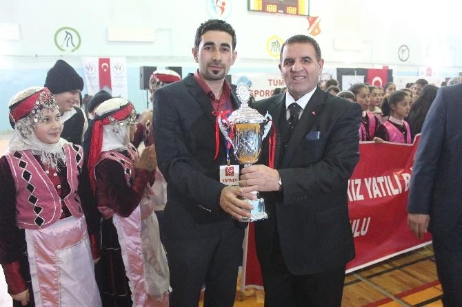 Ağrı'da Halk Oyunları İl Birinciliği Yarışması