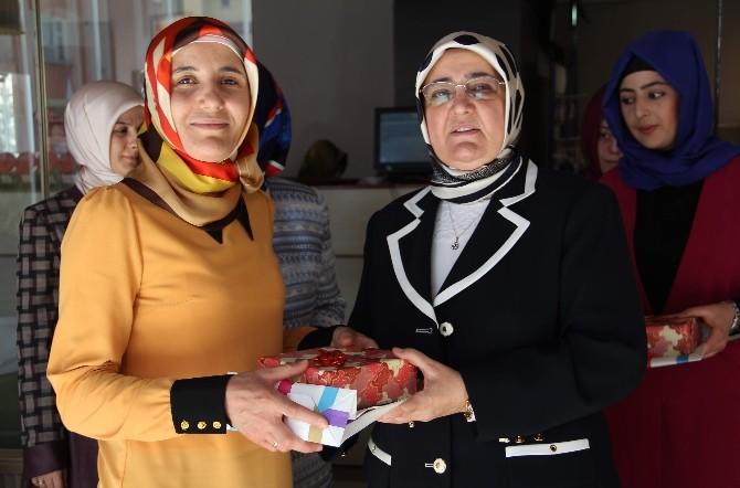 Bekiroğlu, Kadınlarla Kahvaltıda Bir Araya Geldi