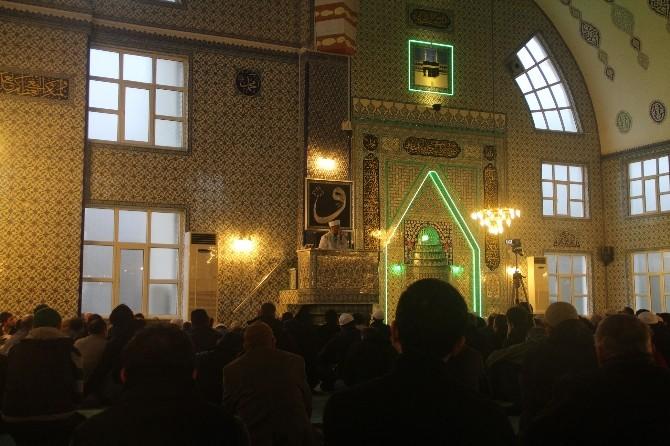 Bursa İl Müftüsü Profosör Doktor Mehmet Emin Ay, Kadınların İslam Dinindeki Önemine Dikkat Çekti