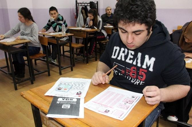 Bozkurt'ta Lise Öğrencilerine YGS Tatbikatı Yapıldı