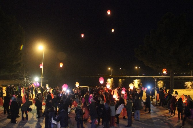 Sinop'ta Kadına Şiddete Karşı 'Dilek Balonu'