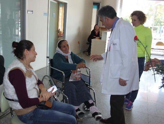 Başhekim Çalışan Ve Hastaların Kadınlar Günü'nü Kutladı