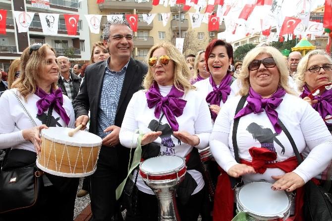 Karşıyaka Belediyesi Kadın Kooperatifi Kurdu