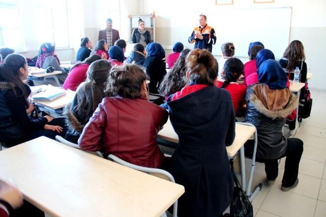 AFAD Eğitimleri Devam Ediyor