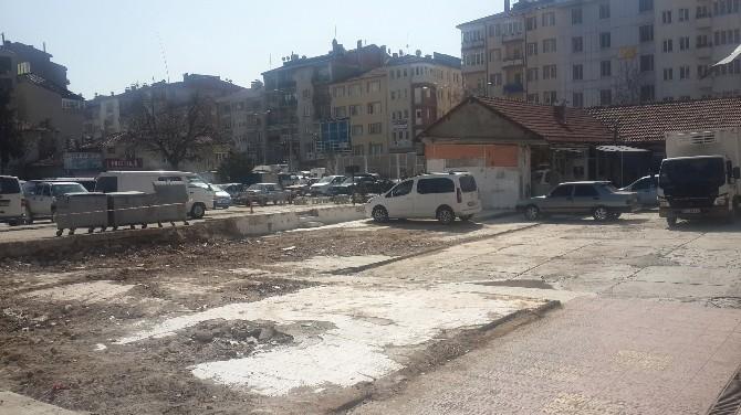 Hal Bölgesindeki Boş Dükkanlar Yıkıldı