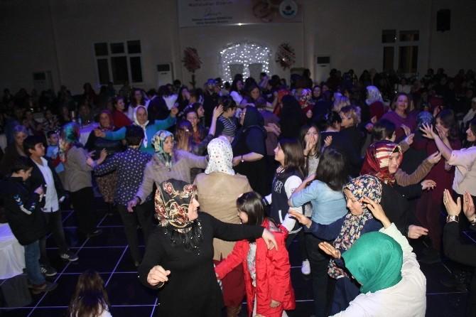 Gülüç Belediyesi Kadınlar İçin Eğlence Düzenledi