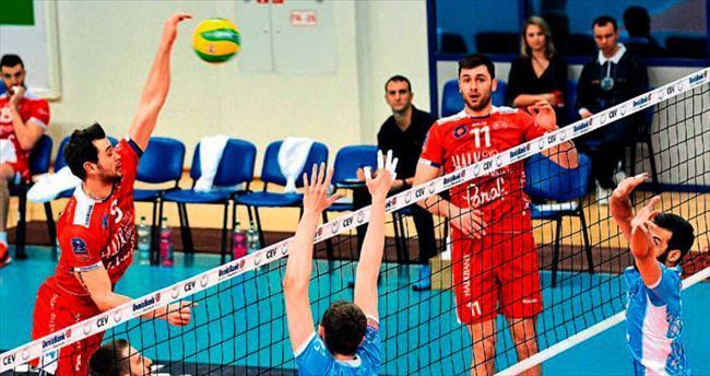 Halkbank dörtlü final aşkına