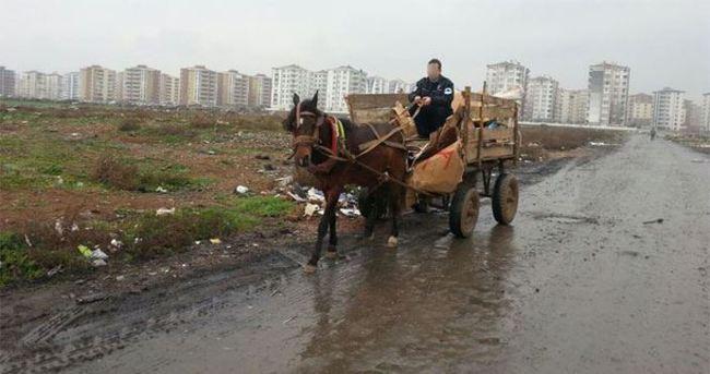 At arabasıyla kapkaç!