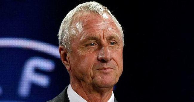 Cruyff rengini belli etti!