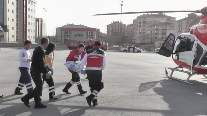 Hava Ambulansı Zatürre Hastası İçin Havalandı