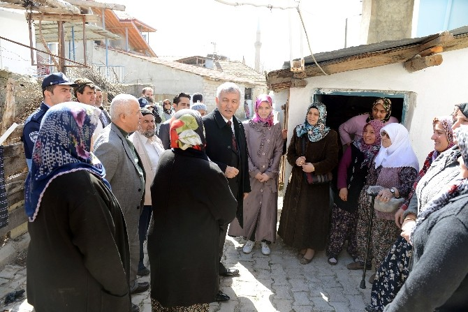 Başkan Günaydın, Mahalle Halkına Otogar Projesini Anlattı