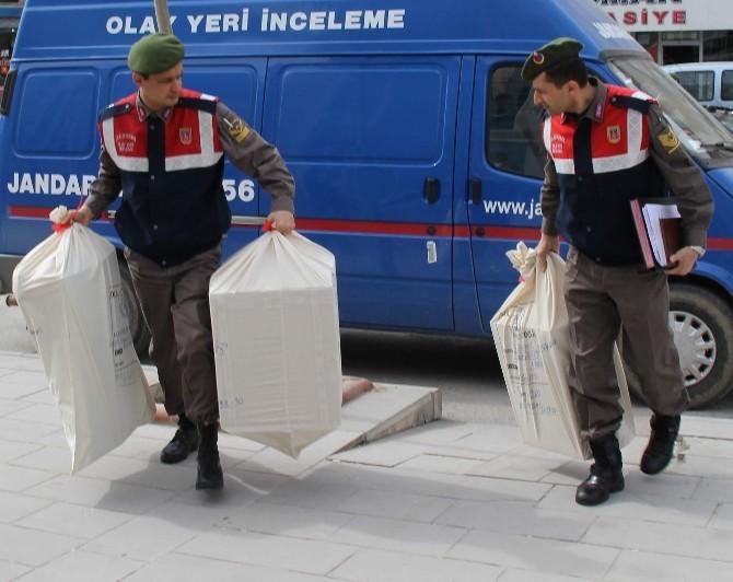 Yakılmış Cesetle İlgili Jandarma Delilleri Topluyor