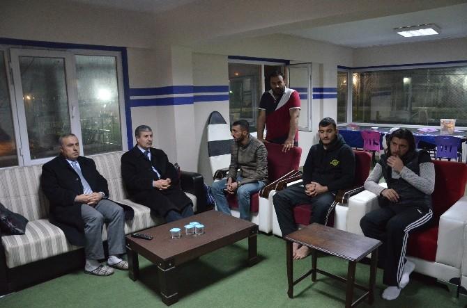 Başkan Aksoy'dan Tatvan Gençlerbirliği'ne Moral Ziyareti