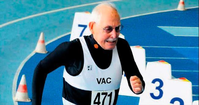 95'lik atlet koşuda 'dünya rekoru' kırdı