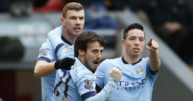 Dzeko, Manchester City'de mutlu