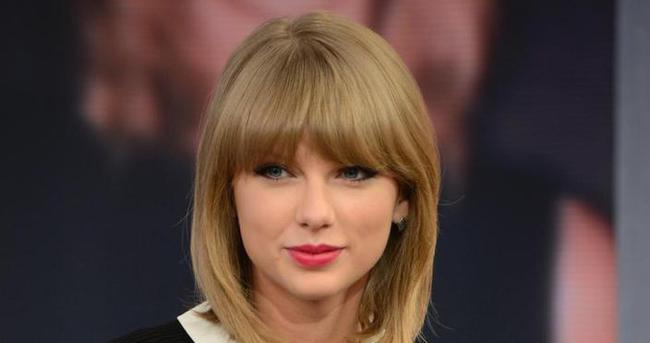 Taylor Swift bacaklarını sigortalattı