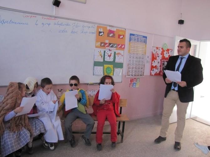 Öğrencilere Uygulamalı Tiyatro Kursu