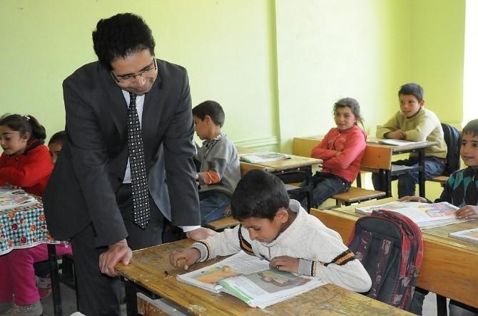 Milli Eğitim Müdürü Çelik Köy Okulunu Ziyaret Etti