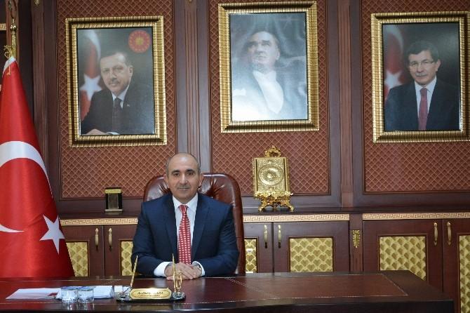Başkan Kara'nın İstiklal Marşının Kabulu Ve Mehmet Akif'i Anma Mesajı
