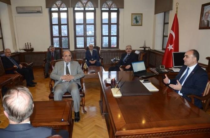 MHP'liler, Vali Günaydın'ı Ziyaret Etti