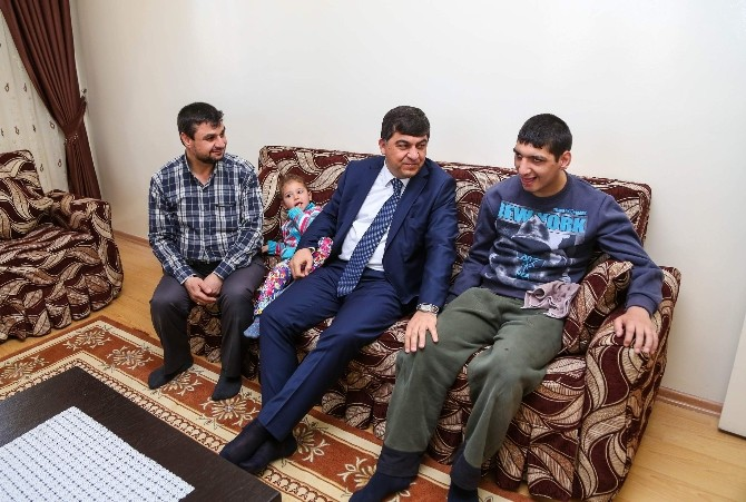 Başkan Fadıloğlu Engelli Mustafa'nın Mutluluğuna Ortak Oldu