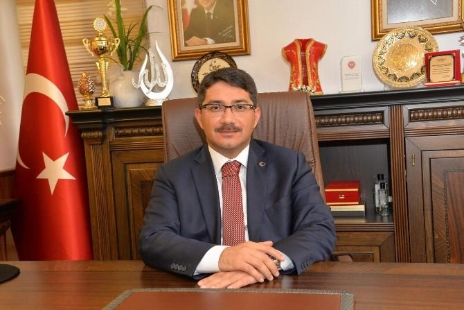 """Başkan Çelik:""""istiklal Marşı Bizim Tarifimizdir"""""""