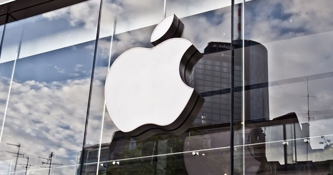 Apple'dan 11 saatlik kesinti özrü