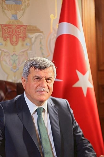 Başkan Karaosmanoğlu İstiklâl Marşı'nın Kabulünün 94'üncü Yılını Kutladı