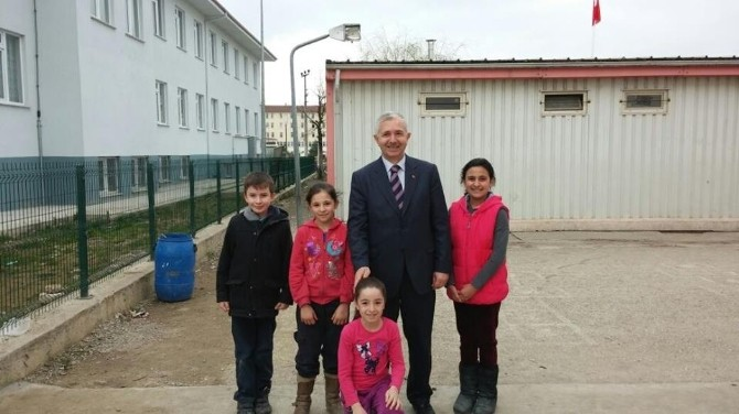 Sönmezoğlu, Eğitim Kurumlarını Ziyaret Ediyor