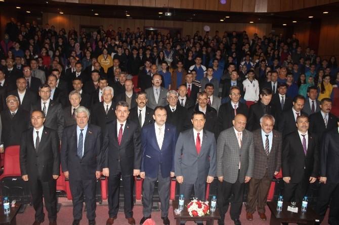 Taş Mektepliler Mehmet Akif Ersoy'u Andı