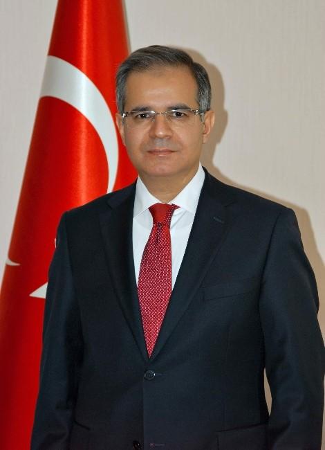 Vali Tapsız'ın, İstiklal Marşı'nın Kabulü Ve Mehmet Akif Ersoy'u Anma Günü Mesajı