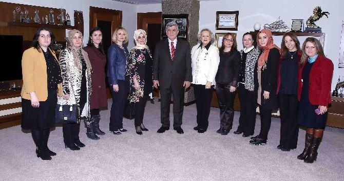 """Başkan Karaosmanoğlu, """"Kadın Girişimcilerimizle İftihar Ediyoruz"""""""