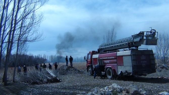 Erciş'te Sazlık Yangını