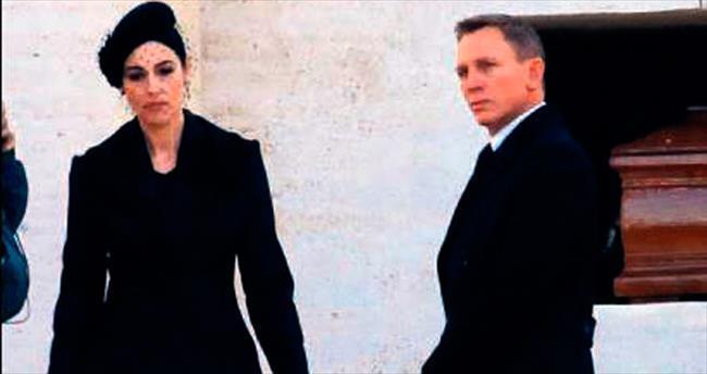 'Bond'a gençlik aşısı