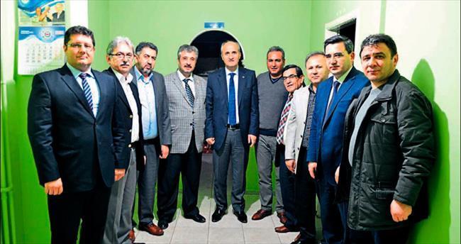 Başkan Necati Okay gazetecilerle buluştu