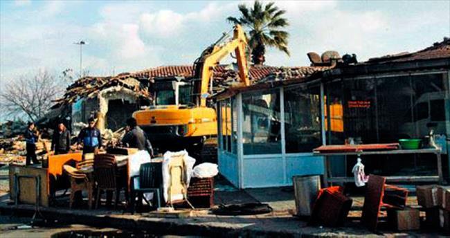 Kumkapı Balıkçılar Çarşısı yıkıldı