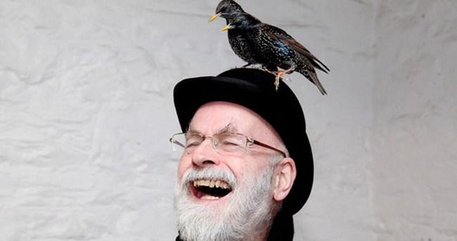 Terry Pratchett hayatını kaybetti