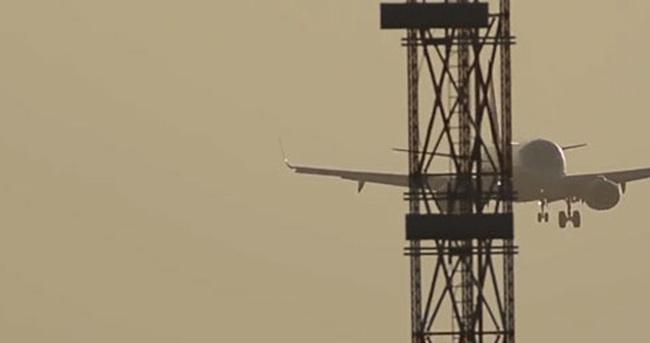 İzmir'de uçak düştü ihbarı!