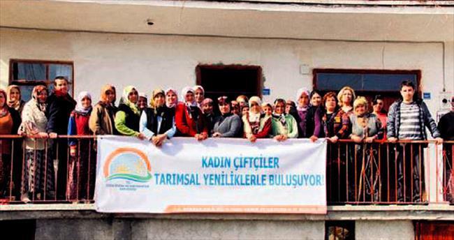 Kadın çiftçilere tarım eğitimi