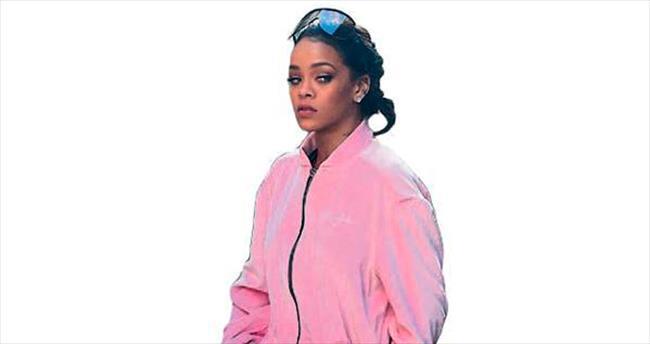 Rihanna'nın eşofman rahatlığı