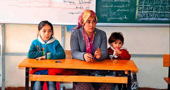Andırın'da 'Çoluk Çocuk Okuyoruz'